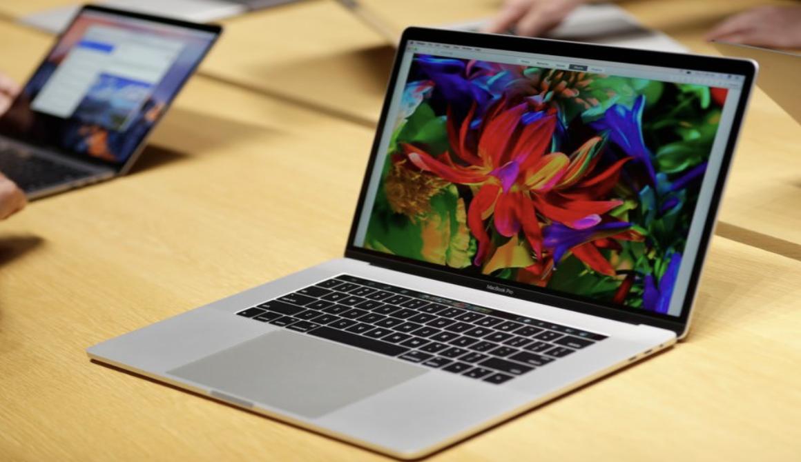 Apple still Facing Trouble with Keyboard Keys!