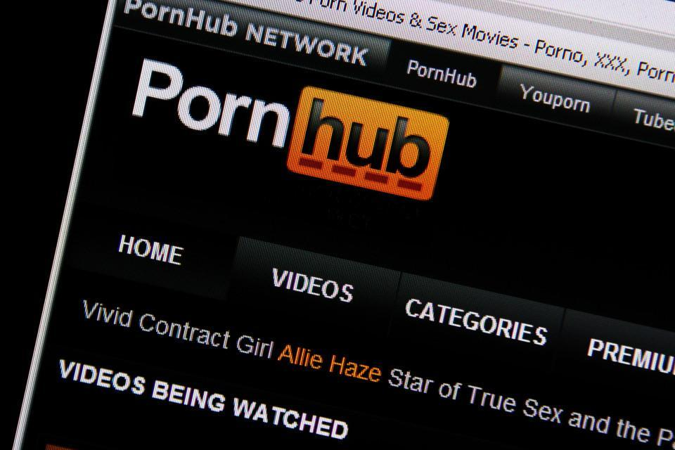 PornHub' is now accepting payments from premium subscribers in cryptocurrency