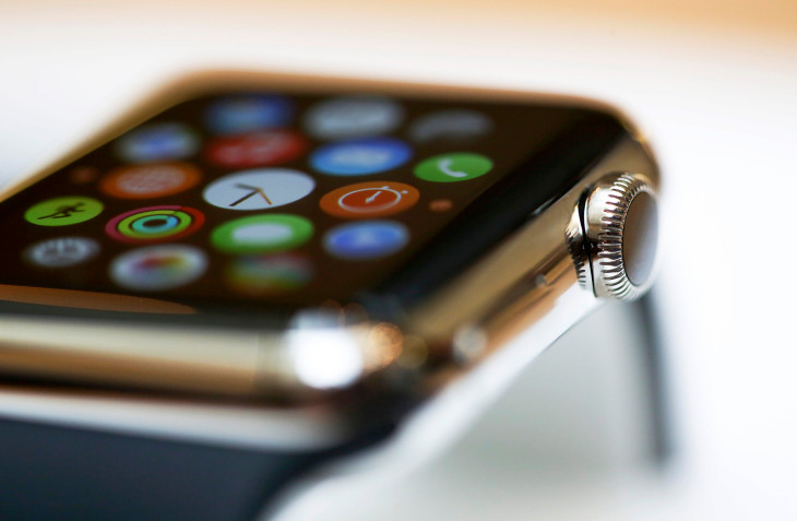 Apple Watch Series 4 Is Going To Have An Edge-To-Edge Display