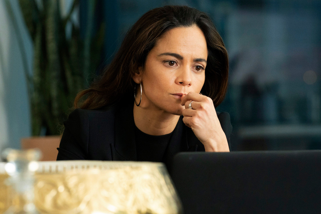 Queen of the South Season 4 Episode 6